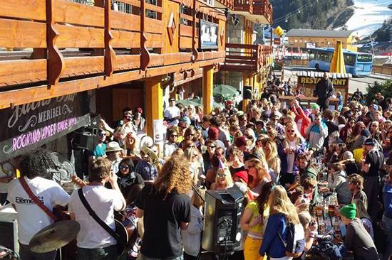 Meribel Apres Ski Jacks Bar