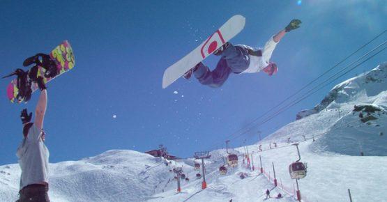 Snowboarding Meribel-DC Area 43